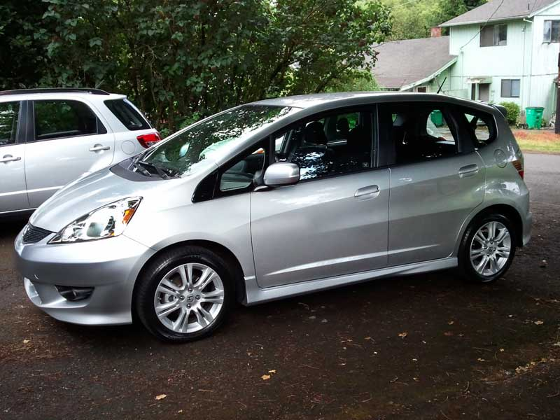 2011  Honda FIT Sport picture, mods, upgrades