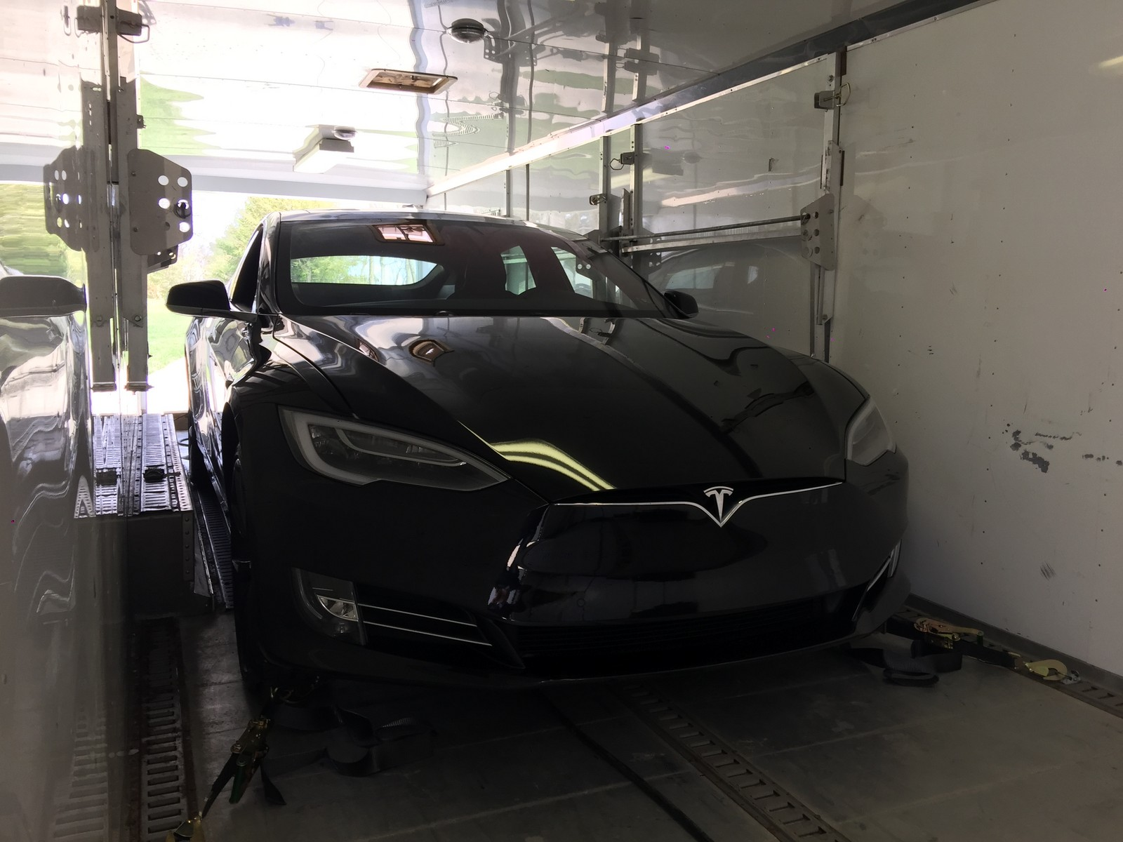 Black 2016 Tesla Model S P100D Ludicrous Plus