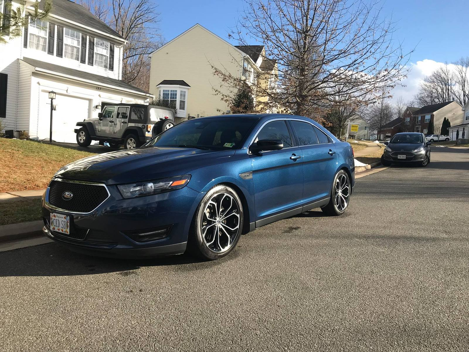 Blue Jeans 2016 Ford Taurus SHO