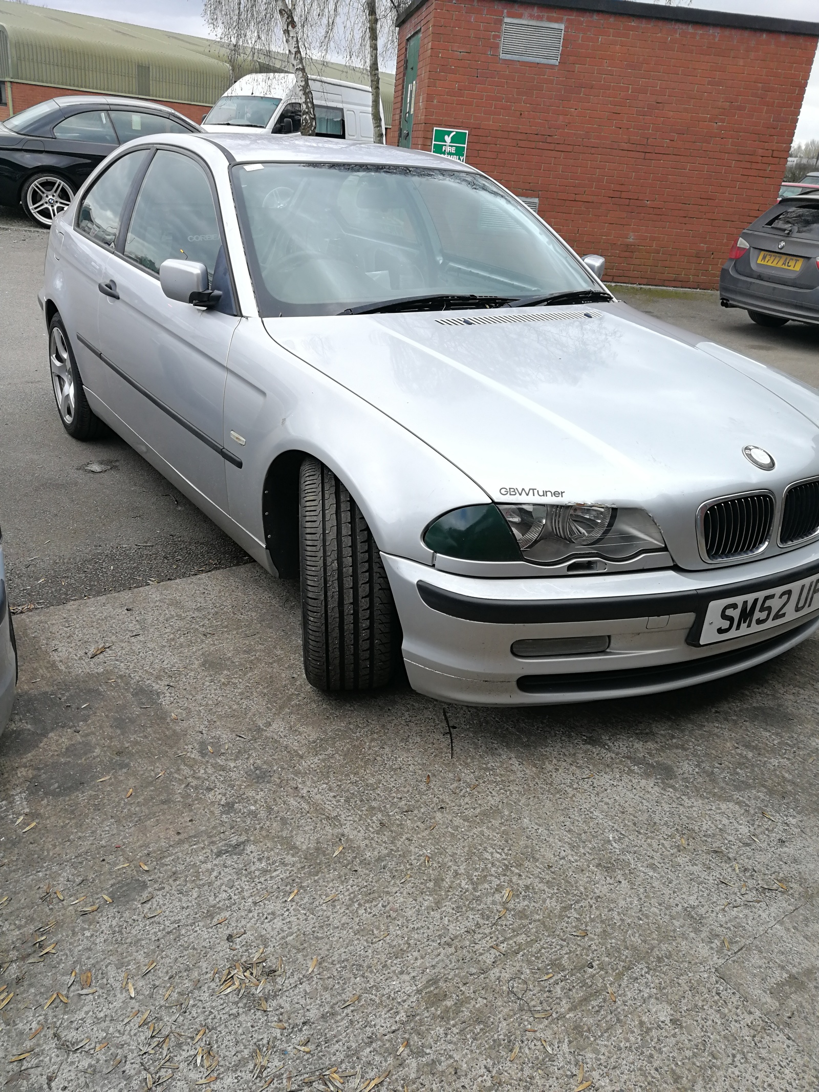 Silver  2002 BMW 320d 320td compact