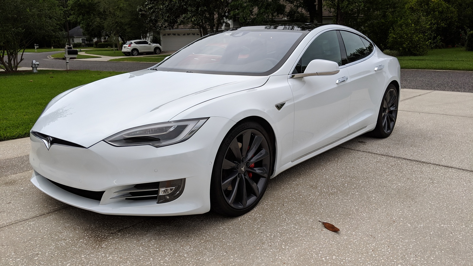 White 2016 Tesla Model S P90DL V3